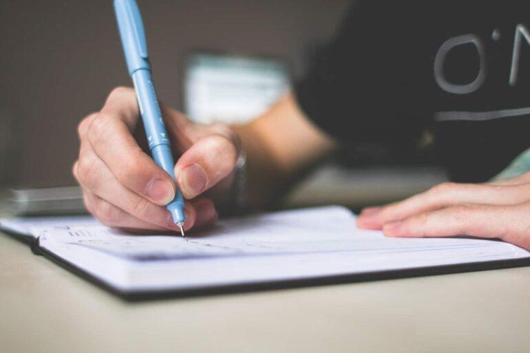 Dependable customize essay